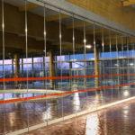 TX-TABIGLASS EXT, la división móvil idónea para la zona de aguas de complejos deportivos
