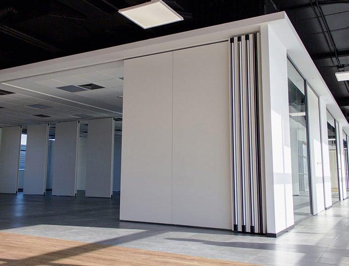 Por qué TABIEXPERT TX-107 es el tabique móvil favorito de arquitectos y diseñadores de espacios